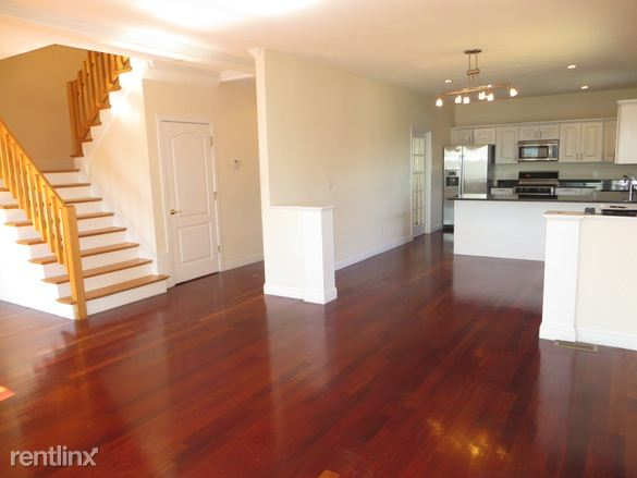 143 Grovers Ave, Winthrop, MA
