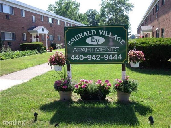 Emerald Village Apartments