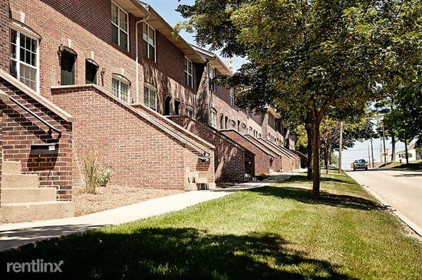 302 W Vernon Ave, Normal, IL