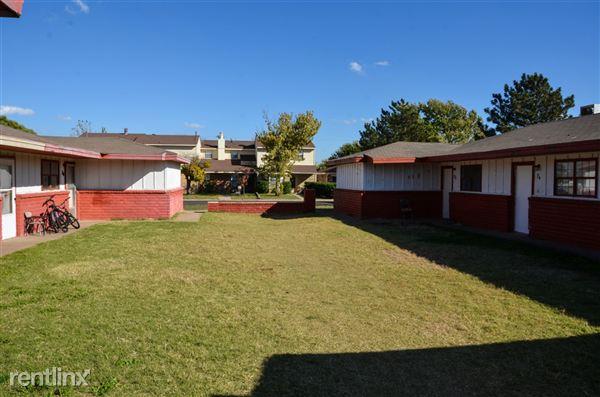 Quadplex for Rent in Dumas