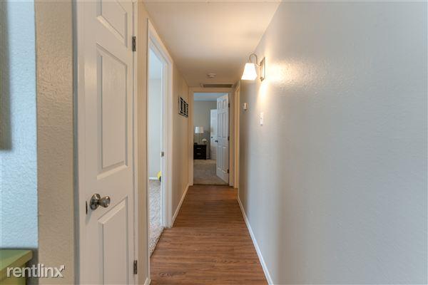 Hallway-2 bedroom