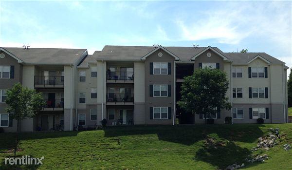 Ashwood Apartments Saint Charles Missouri Exterior