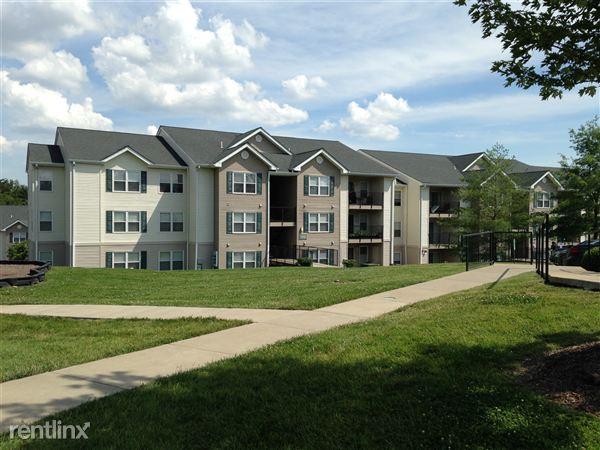 Ashwood Apartments Saint Charles Missouri Building
