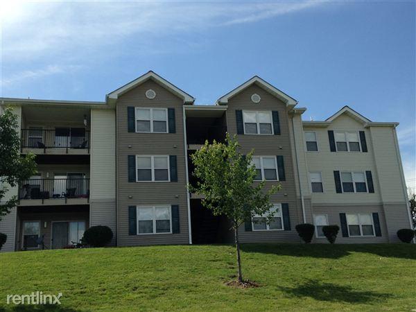 Ashwood Apartments Saint Charles Missouri Building Exterior