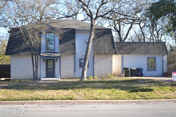 1601 Glade St, College Station, TX