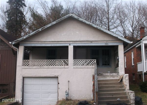 753 Kendall Ave, Steubenville, OH