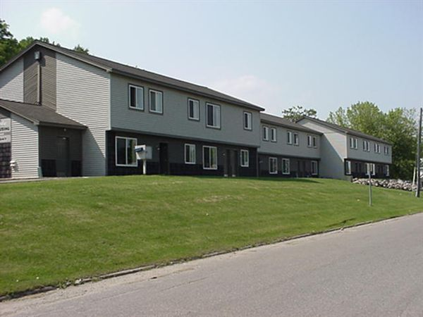 914 Pine St, Sault Sainte Marie, MI