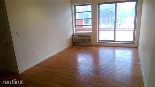 8265 116th St, Richmond Hill, NY
