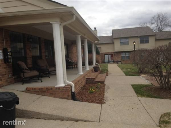 900 Tiffany Lane Apt 93240-2, Hendersonville, TN