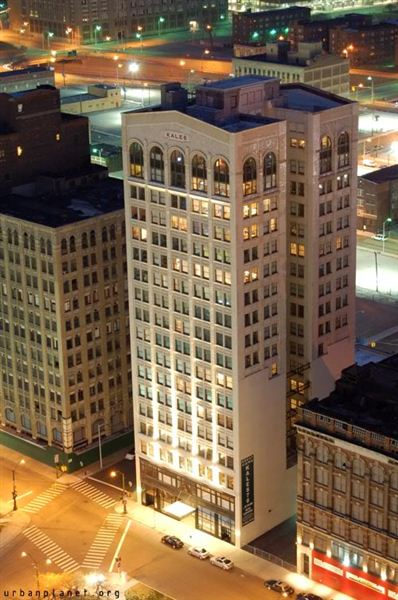 Corporate Suite for Rent in Detroit