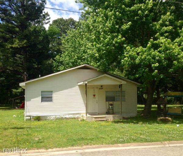 1609 Granger Dr, Jonesboro, AR