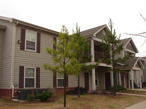Mill Creek Village Apartments Longview See Pics Avail
