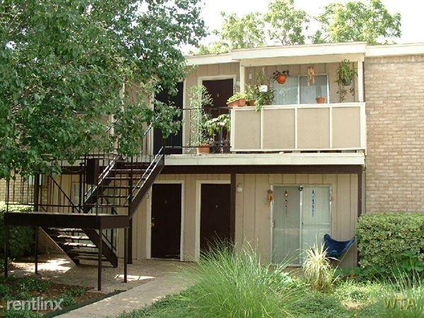 Brentwood 1 Bedroom Rental At 1507 Houston St Austin TX 78756 One Bedroom