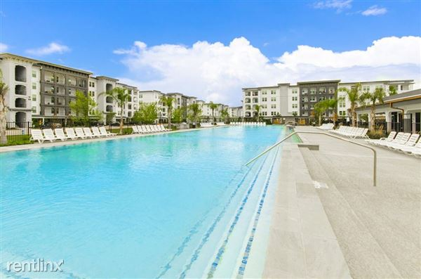 366 Fm 1488 Rd, The Woodlands, TX