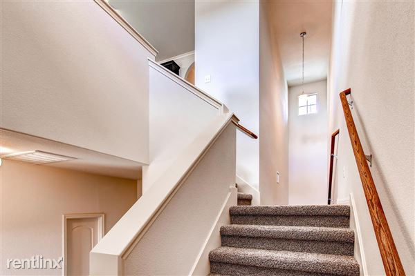 DoubleEagleTownhomes - 3 Bedroom - large-029-Double Eagle Townhomes 1  3-1500x1000-72dpi