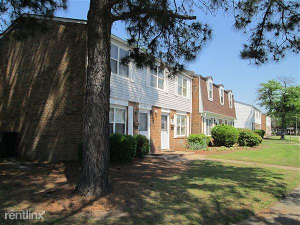 1140 Chisholm Cir, Portsmouth, VA