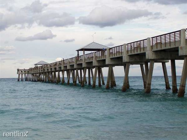 Juno-Beach-Pier-TheShattowGroup