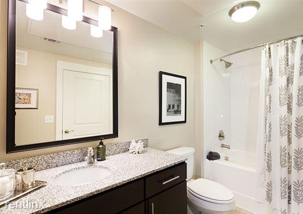 25_510_bathroom