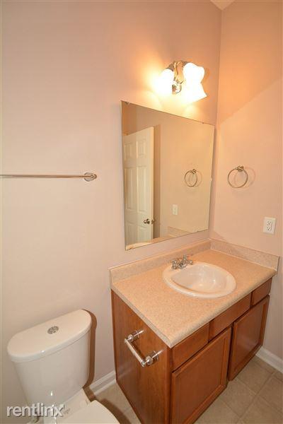 17-Master_Bathroom