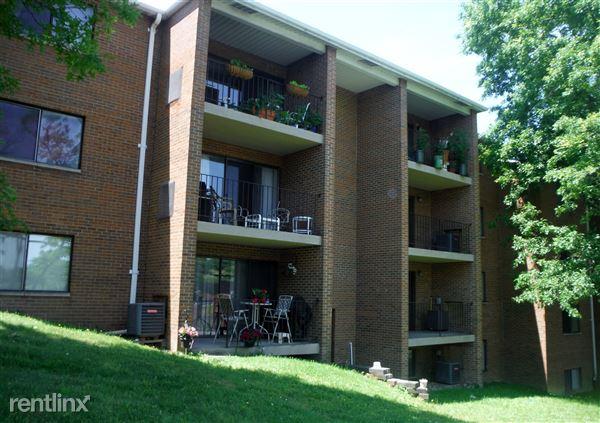 7168 Baptist Rd, Bethel Park, PA
