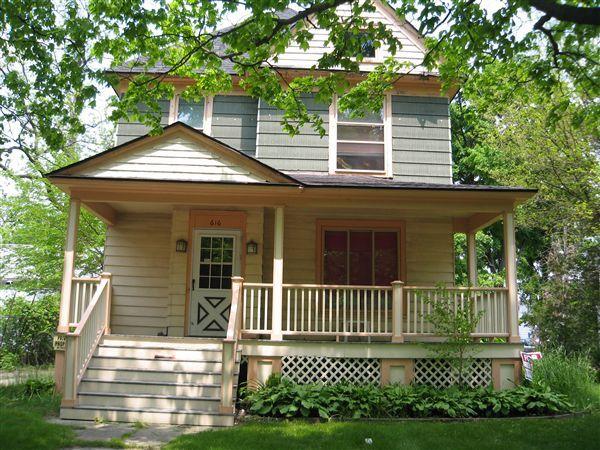616 W Cedar St, Kalamazoo, MI