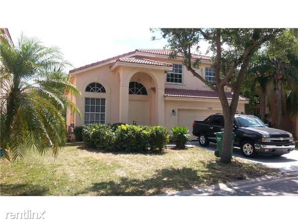 11526 Nw 5th St, Coral Springs, FL