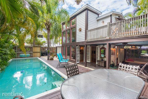 1011 Truman Ave, Key West, FL