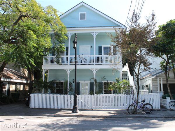 906 Truman Ave, Key West, FL