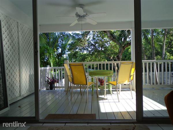 69 Golf Club Dr, Key West, FL