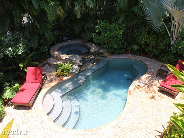 717 Emma St Apt B, Key West, FL
