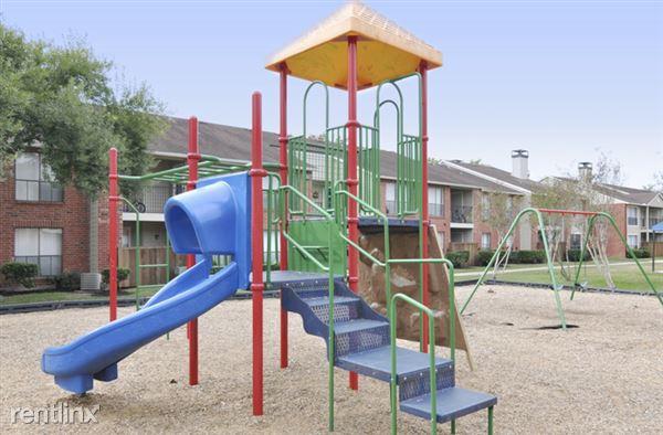 2751 Fm 518 Rd E, League City, TX