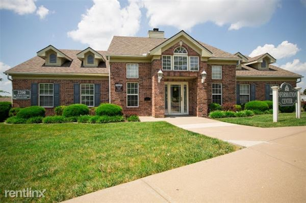 2200 Ne Town Centre Blvd Apt 89181-2, Lees Summit, MO