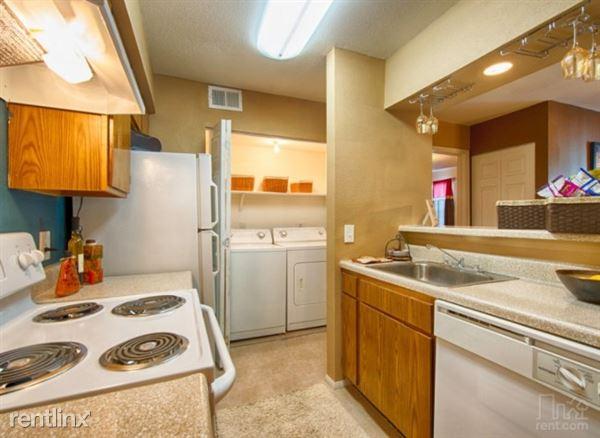3402 Preston Ave, Pasadena, TX
