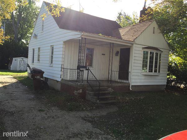 29225 Hazelwood St, Inkster, MI