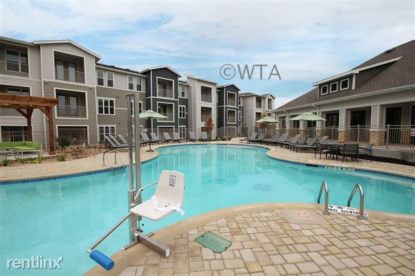 828 Bebee Rd Apt 28743, Kyle, TX