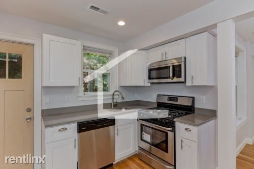 11 Alleghany St, Mission Hill, MA