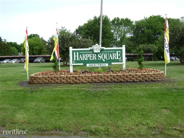 22933 N Nunneley Rd, Clinton Township, MI