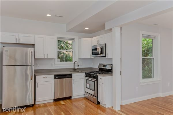 11 Alleghany St # 14fn, Mission Hill, MA