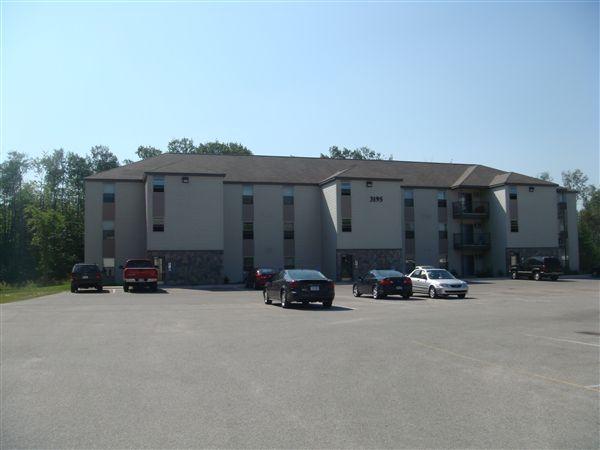 3195 Woodfield Blvd, Sault Sainte Marie, MI