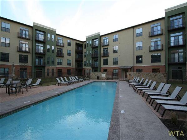 Round Rock 2 Bedroom Rental At 2601 La Frontera Blvd Round Rock Tx 78681 Two Bedroom W Study