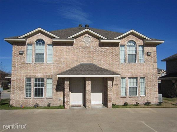 2308 Cornell Dr, College Station, TX