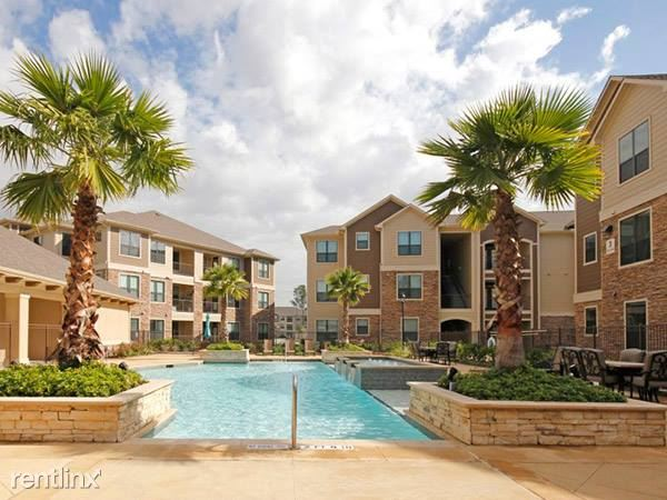 12101 Northpointe Blvd # 1233, Tomball, TX