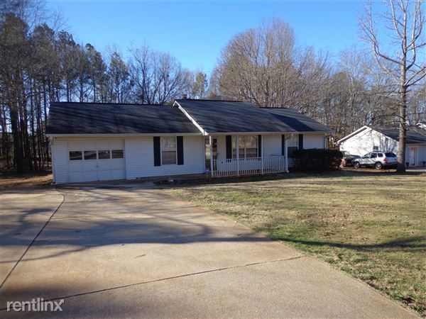 250 Countryside Ln, Covington, GA