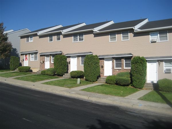 2 br, 1 bath Townhome - Union Street Townhouses 431