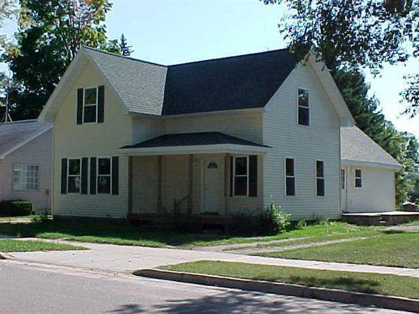 321 N 3rd Ave, Big Rapids, MI