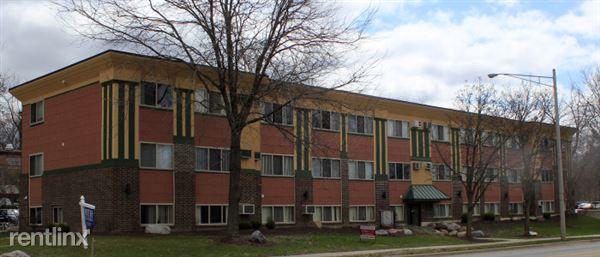 910 Abbot Rd, East Lansing, MI