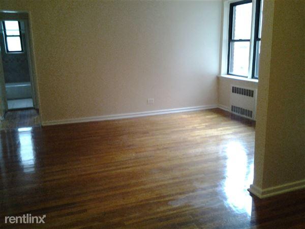 8335 116th St, Richmond Hill, NY