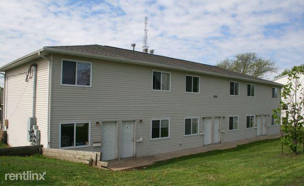 2121 Blairs Ferry Rd Ne, Cedar Rapids, IA