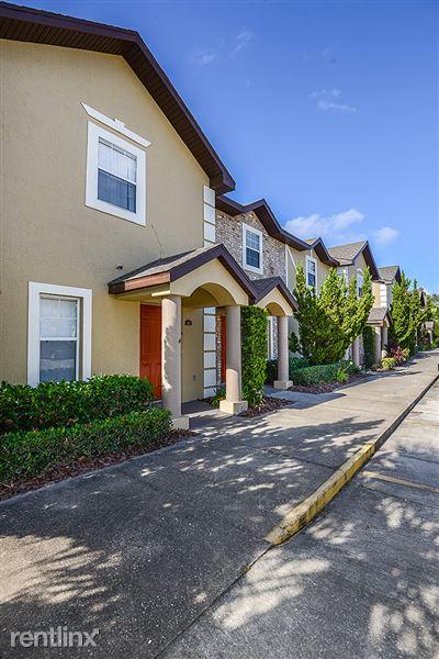 367 Sunny Oaks Way, Lady Lake, FL
