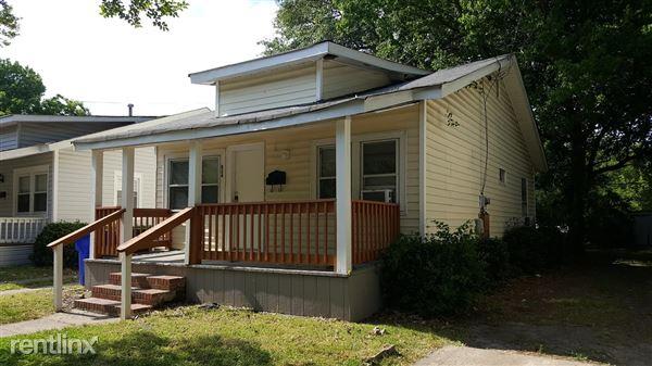 824 W 42nd St, Norfolk, VA